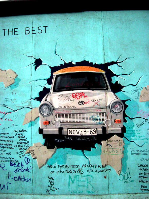 is graffiti an art or crime essay Persuasive essay on graffiti is art graffiti outline introduction graffiti, an art or a crime we provide excellent essay graffiti essay argumentative on writing service 24/7.